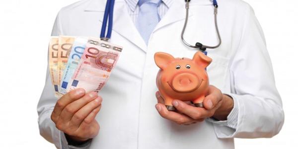 Ιατροί ΕΣΥ: Όλα όσα πρέπει να γνωρίζουν για τα νέα ειδικά μισθολόγια