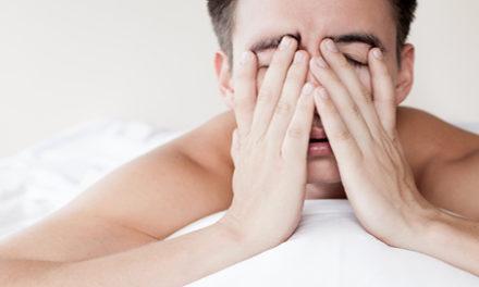 Υπνική άπνοια: Τι είναι και πώς αντιμετωπίζεται