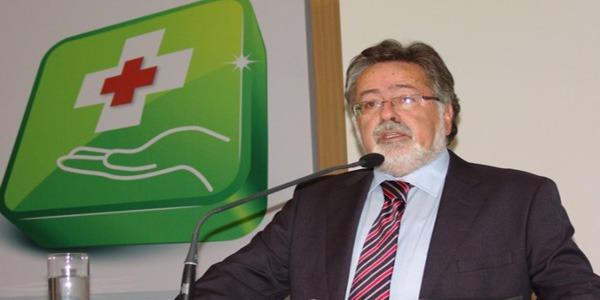 Με δύο προέδρους ο Πανελλήνιος Φαρμακευτικός Σύλλογος