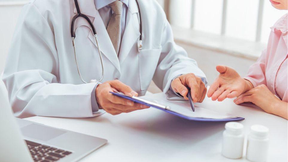 Καμπάνια ενημέρωσης του υπουργείου Υγείας για την εγγραφή των πολιτών στον οικογενειακό γιατρό