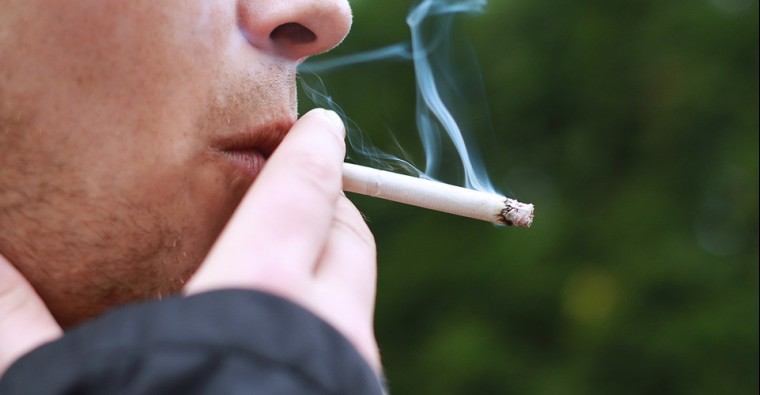 Καρκίνος του Πνεύμονα: Τα άφιλτρα τσιγάρα σχεδόν διπλασιάζουν τον κίνδυνο θανάτου