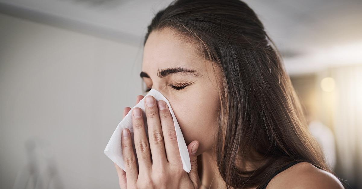 Κύμα λοιμώξεων του ανωτέρου αναπνευστικού σαρώνει τη χώρα