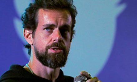 Ο ιδρυτής του Twitter δίνει ένα δισεκατομμύριο δολάρια στη μάχη κατά του κορωνοϊού