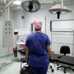 Τι προβλέπει η εγκύκλιος του υπουργείου Υγείας για τα τακτικά χειρουργεία