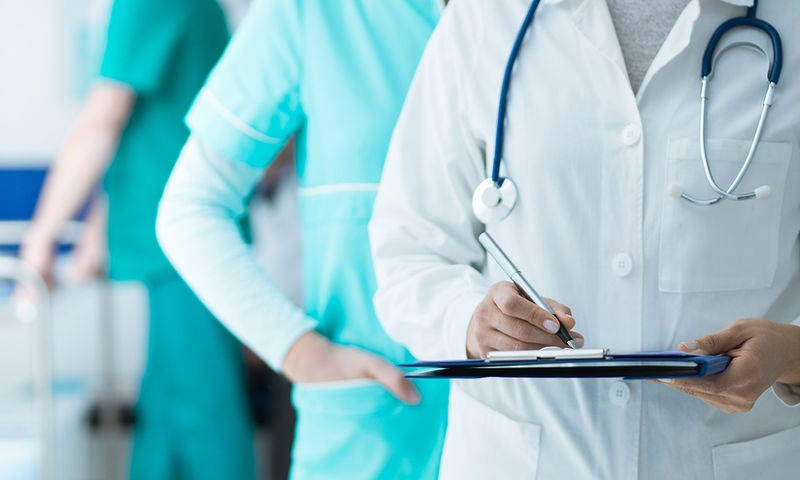 Θέσεις γιατρών στον ΟΚΑΝΑ