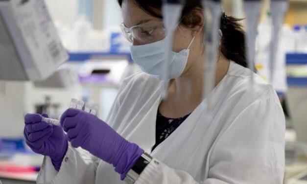 Κορωνοϊός: Τρεις φαρμακευτικές εταιρείες στις Η.Π.Α. δεν θα διαθέσουν σε τιμή κόστους πιθανό εμβόλιο
