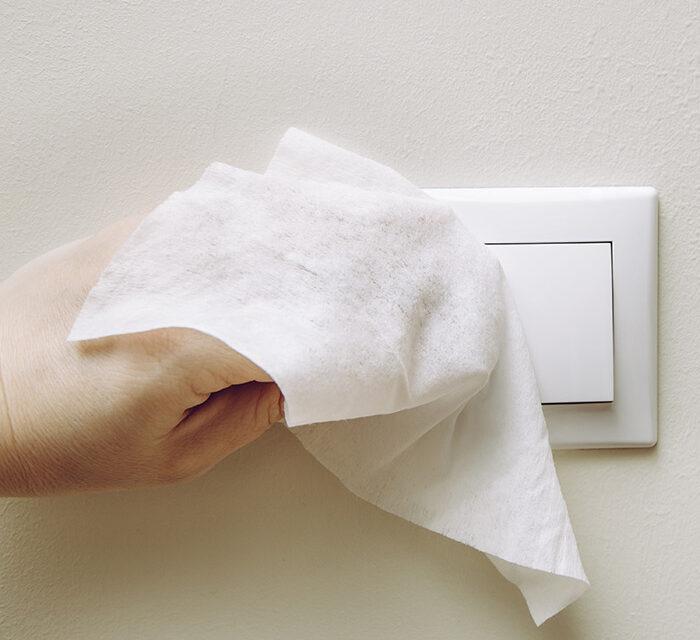 7 συμβουλές για να χρησιμοποιείτε σωστά τα απολυμαντικά μαντηλάκια