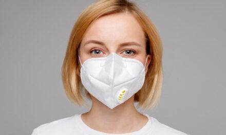 Οι μάσκες με βαλβίδα εκπνοής δεν επιβραδύνουν την εξάπλωση του κορονοϊού και πρέπει να αποφεύγονται