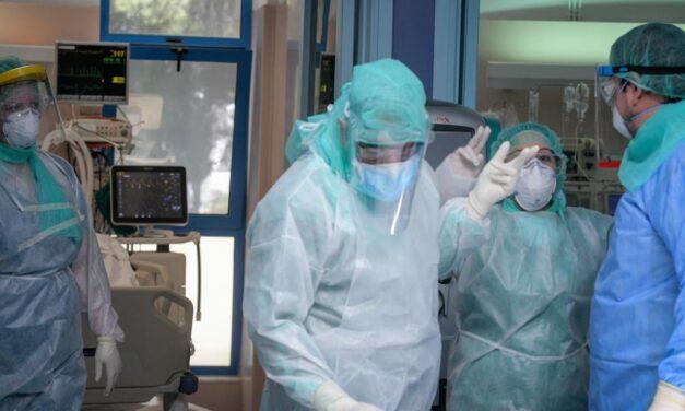 Γαλλία: Τρεις χιλιάδες υγειονομικοί τίθενται σε αναστολή εργασίας, η Ευρώπη θέτει στο στόχαστρο την άρνηση εμβολιασμού