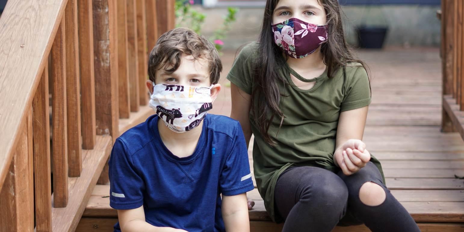 Τα παιδιά και οι έφηβοι μπορεί να έχουν υψηλό φορτίο μεταδοτικού κορονοϊού